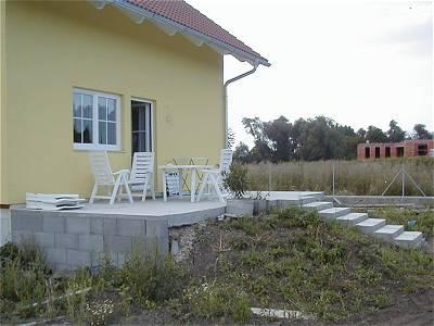 unser haus terrasse. Black Bedroom Furniture Sets. Home Design Ideas